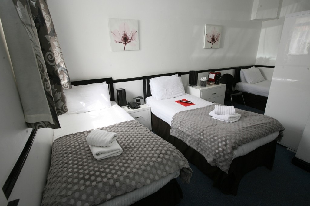 NHS Staff Discounts Card offer 10% off your stay plus £5